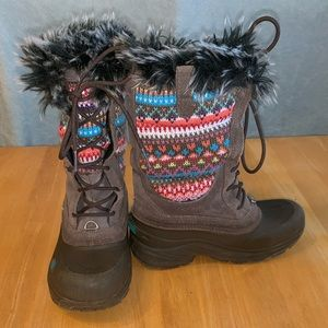 Girls north face boots